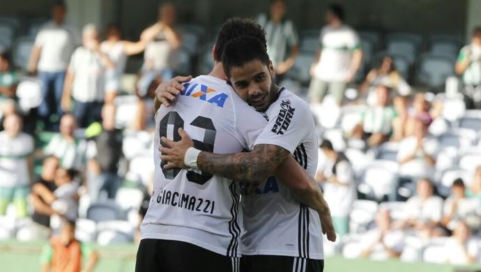 Kleber, Henrique Almeida, Coritiba (Foto: Antônio More/Gazeta do Povo)