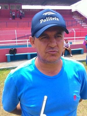 Técnico Adão América Campeonato Amador Uberlândia (Foto: Lucas Papel)