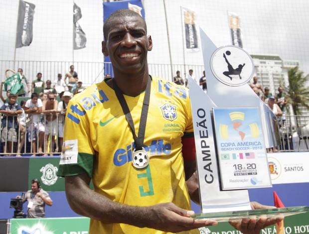 Bueno seleção brasileira de futebol de areia Copa América eleito melhor jogador (Foto: Marcello Zambrana/Inovafoto)
