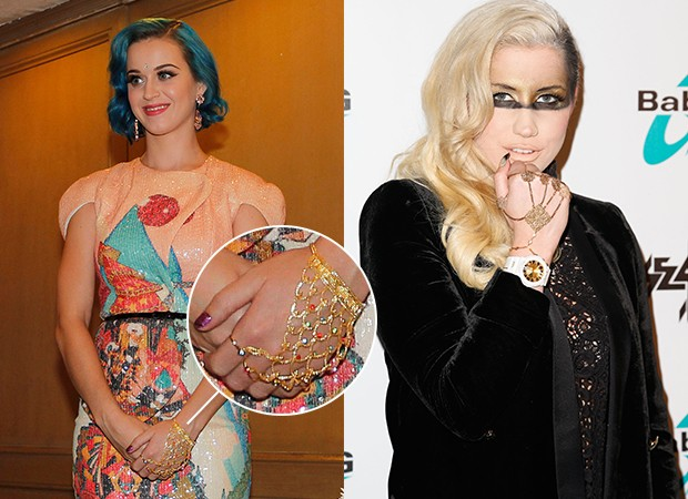 Hand Jewellery - Kesha e Katy Perry (Foto: Agência Getty Images)