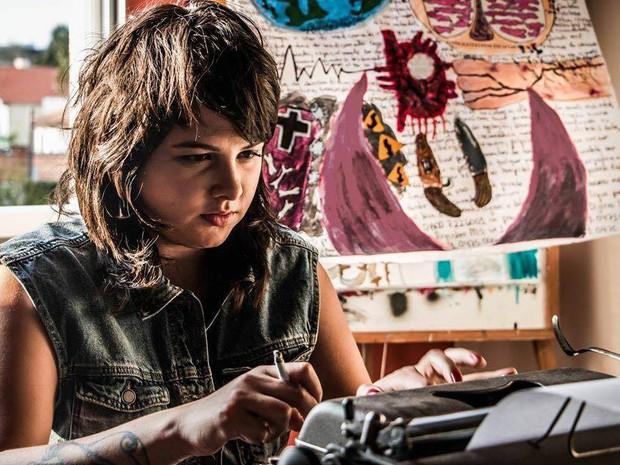 Giovanna Lima é formada em jornalismo e estuda letras (Foto: Leonardo Schenato Barroso/Arquivo pessoal)