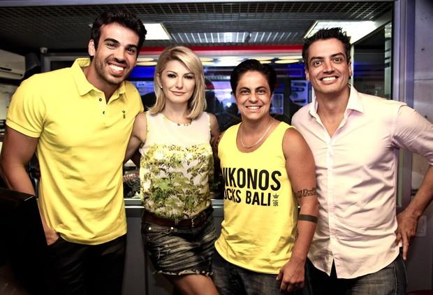 Dedé, Antônia Fontenelle, Thammy Miranda e Leo Dias (Foto: Rodolfo Viana/FM O Dia - Divulgação)