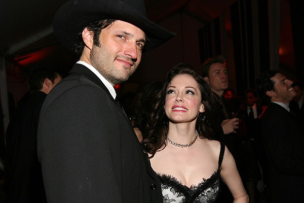 Robert Rodriguez e Rose McGowan (Foto: Getty Images)