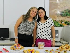 Isabel Pivetta e Suelena Malta em evento que homenageou as mães da Rede Amazônica em Rondônia (Foto: Angelina Ayres/Rede Amazônica)