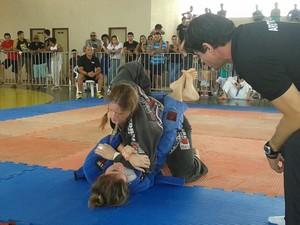 Atletas participam da primeira etapa do Estadual de Jiu-Jitsu em Palmas (Foto: Taciano Gouveia/Arquivo Pessoal)