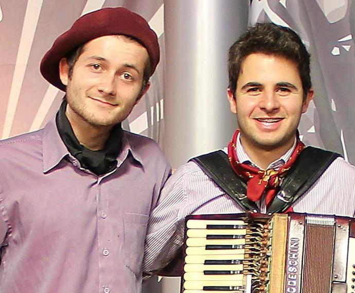 Germano e Lawrence Mistura com Rodaika (Foto: Divulgação/Germano e Lawrence)