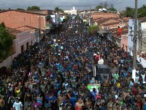 Bloco Tudo Azul (Foto: Reprodução/TV Gazeta)