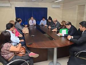 Comitiva da OAB/PA se reuniu com delegado da Polícia Civil para acompanhar denúncia de ameaça de morte a advogados no PA. (Foto:  Yan Fernandes/OAB-PA)