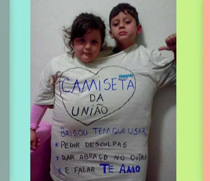 Foto dos irmãos Letícia e Guilherme viralizou na internet (Foto: TV Globo)