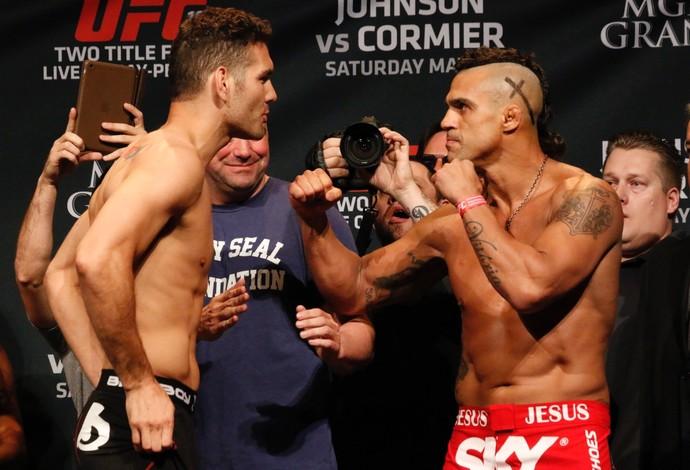 Vitor Belfort Chris Weidman encarada pesagem UFC 187 (Foto: Evelyn Rodrigues)