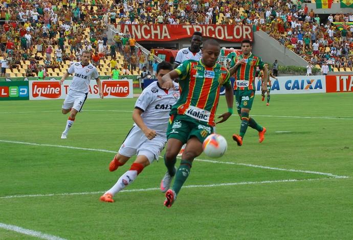 Sampaio x Vitória (Foto: Biné Morais/O Estado)
