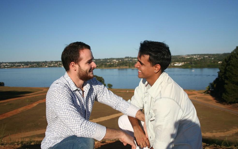 O casal Hugo Pullen e Thiago Ribeiro casaram-se no civil em setembro de 2016 em Brasília (Foto: Hugo Pullen/Arquivo pessoal)