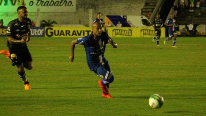 Botafogo-PB x América-RN Jussimar (Foto: Canindé Pereira/Divulgação)