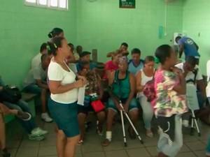 Pacientes que procuraram a unidade de saúde não foram atendidos (Foto: Reprodução / TV Bahia)
