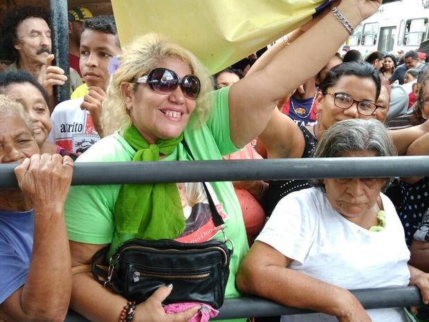 A garimpeira socorro silva veio da Guiana Francesa para comemorar o aniversário de Belém (Foto: Arthur Sobral / G1)