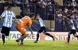 Racing bate Puebla em Avellaneda, avança e cai no grupo do Boca  (Reuters)