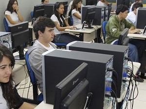 Projeto é voltado a alunos do 2º e 3º anos do ensino médio da rede estadual  (Foto: Divulgação/Secretaria do Estado de Educação)
