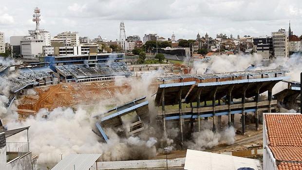 FONTE NOVA; implosão (Foto: Agência A Tarde)