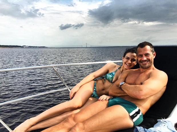 Malvino Salvador e Kyra Grace (Foto: Instagram / Reprodução)