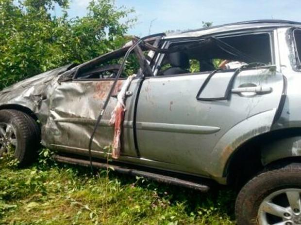 Acidente aconteceu a cerca de 15 quilômetros de Assu, na região Oeste (Foto: Marcelino Neto/O Câmera)