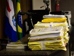 Processo do caso PC Farias   (Foto: Jonathan Lins/G1)