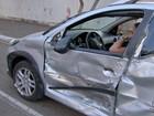 Mulher é presa por dirigir bêbada após dois acidentes na capital de MS