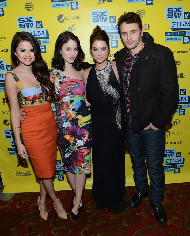 EGO – Selena Gomez posa com James Franco em première de filme nos EUA – notícias de Cinema