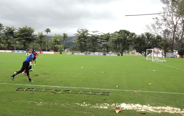 Felipe treino Flamengo (Foto: Fred Gomes)