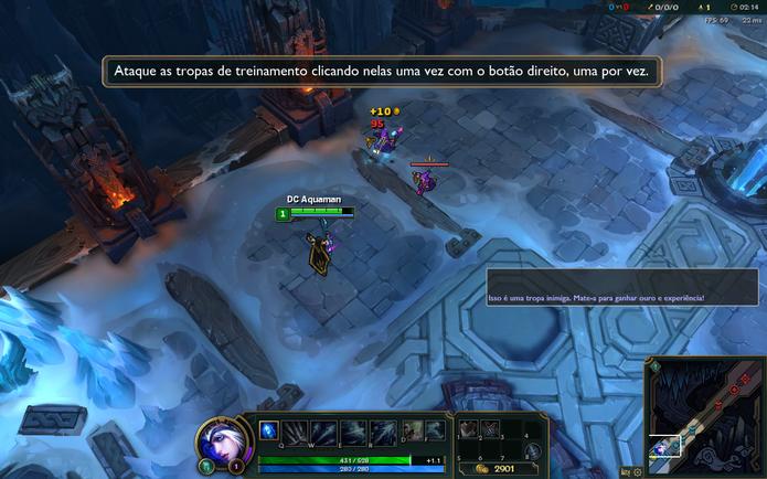 Para atacar um inimigo em League of Legends, pressione com o botão direito do mouse sobre ele (Foto: Reprodução/Caio Fagundes)