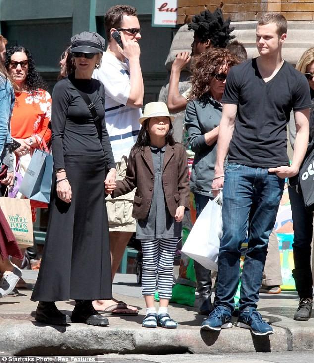 Meg Ryan com sua filha Daisy e seu filho mais velho Jack (Foto: Divulgação)