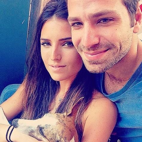 João Gabriel e a namorada, Jéssica Aronis (Foto: Reprodução)
