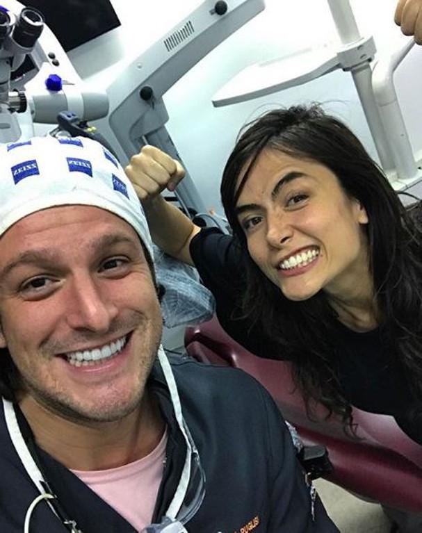 Famosos que mudaram o sorriso com lente de contato (Foto   Reprodução Instagram) 2dc692e1d3