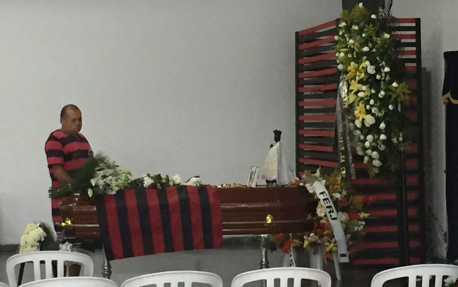 Vítimas de acidente da Chapecoense são veladas neste domingo