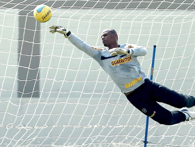 Jefferson no treino do Botafogo (Foto: Jorge William / Ag. O Globo)