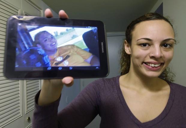 Chelsea Hale fez cirurgia de redução do estômago há três anos, quando tinha 17. (Foto: AP Photo/Al Behrman)