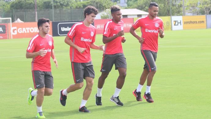 Andrigo, Rodrigo Dourado, Vitinho e Jackson Inter Internacional (Foto: Tomas Hammes/Globoesporte.com)