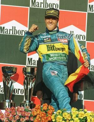 Bicampeonato de Michael Schumacher com a Benetton foi conquistado em cenário mais tranquilo que no ano anterior (Foto: Getty Images)