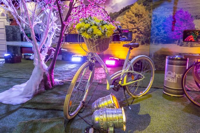 Bicicleta foi sucesso entre os brothers (Foto: Artur Meninea/Gshow)