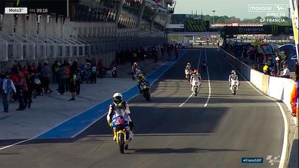 BLOG: GP da França - Dani Pedrosa surpreende e é o mais rápido no TL1 da MGP. Simone Corsi na M2 e Jorge Navarro na M3. Daqui a pouco tem muito mais...
