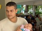 Famílias de bebês com microcefalia tiram dúvidas em encontro, no Recife