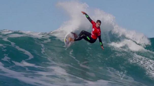 Mineirinho no Mundial de Surf (Foto: Reprodução/TV Tribuna)