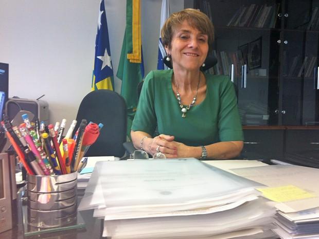 A ministra Delaíde Miranda Arantes em seu gabinete no Tribunal Superior do Trabalho (Foto: Raquel Morais/G1)