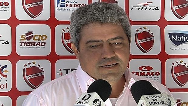 Hermógenes Neto - técnico Vila Nova (Foto: Reprodução / TV Anhanguera)