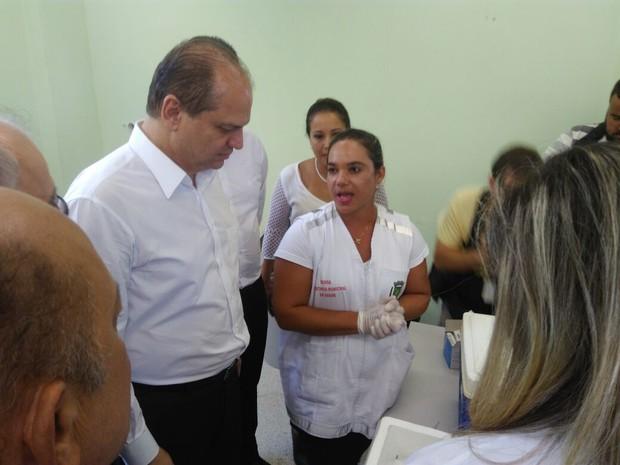Ministro da Saúde chega ao ES e faz visitas em locais de vacinação (Foto: Diony Silva/ A Gazeta)