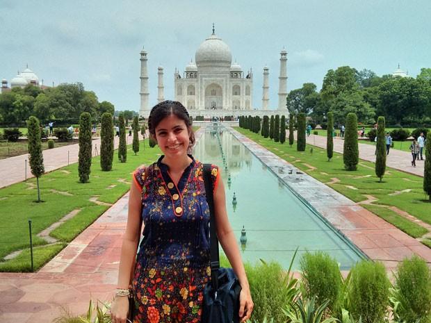 Tábata Amaral no Taj Mahal, um dos principais pontos turísticos da Índia (Foto: Arquivo pessoal)