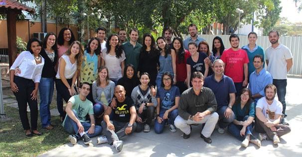 Grupo de pesquisa sobre o Alzheimer, na Universidade Federal do Rio de Janeiro (Foto: Acervo Pessoal)