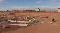 Galpão de supermercado é demolido em Ceilândia