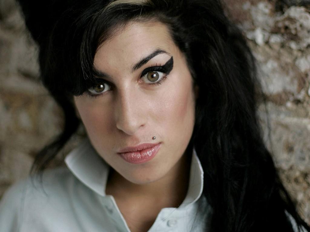 """Amy"" fala sobre a problemática vida da cantora Amy Winehouse  (Foto: Flickr/Prachatai)"