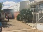 Funcionários de fábrica agrícola são socorridos após incêndio em MG