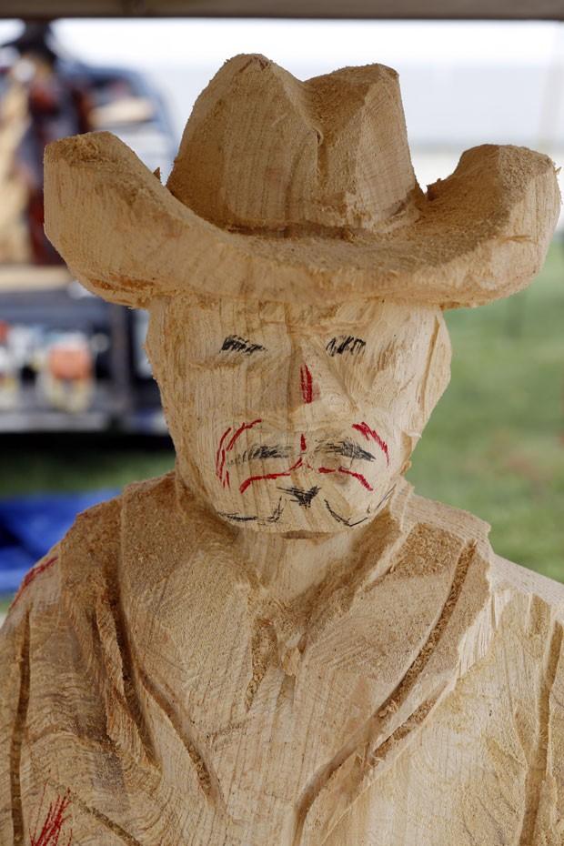 Esculturas criadas serão leiloadas entre os visitantes (Foto: Keith Srakocic/AP)